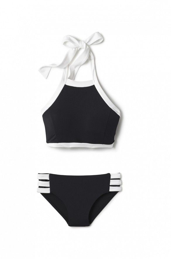 How to Make YOUR Body Look Its Best in a Swimsuit via @WhoWhatWear