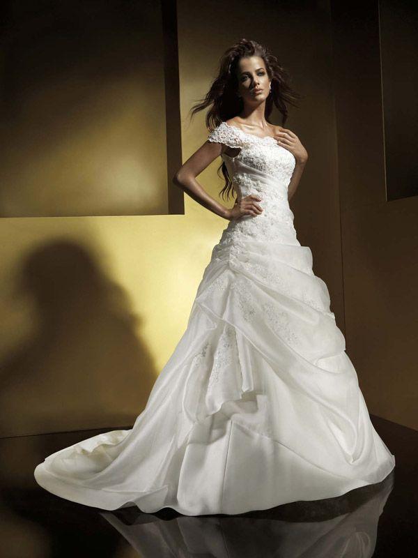 8 best OfftheShoulder Wedding Dresses images on Pinterest