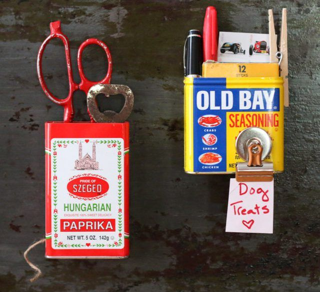Magnetic Spice Tins with Note