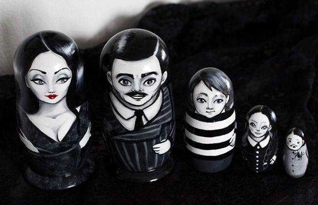 'The Addams Family' Matryoshka Dolls: Nesting Dolls, Adam Families, Addams Family, Russian Dolls, Nests Dolls, The Addams Families, Matryoshka Dolls, Families Russian, Families Nests