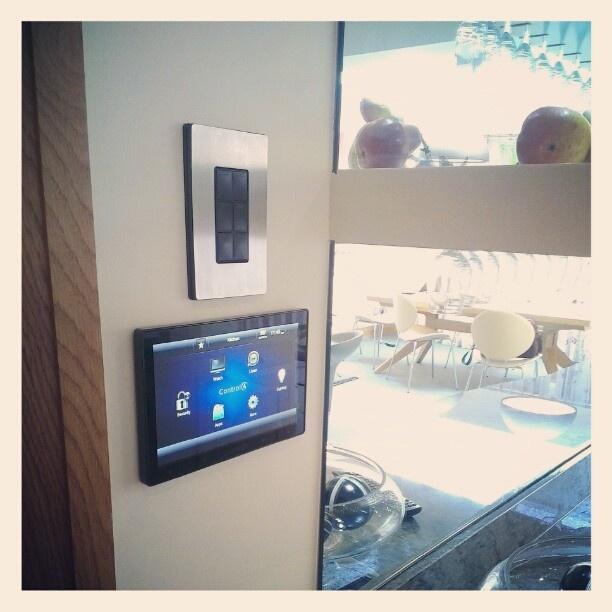 86580f167fc0bc3ed1c556481976e7dd smart home automation av 42 best smart home automation images on pinterest control 4  at readyjetset.co