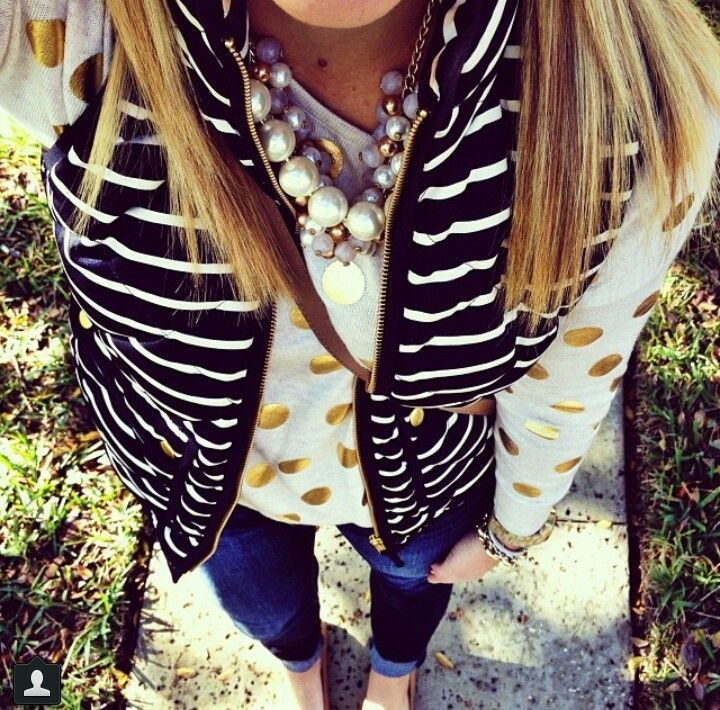 We love a navy striped vest for fall. #vest #fall #fashion