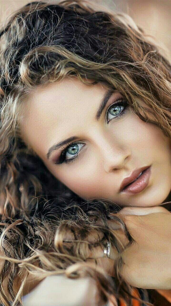 Картинки с девушками с красивыми глазами