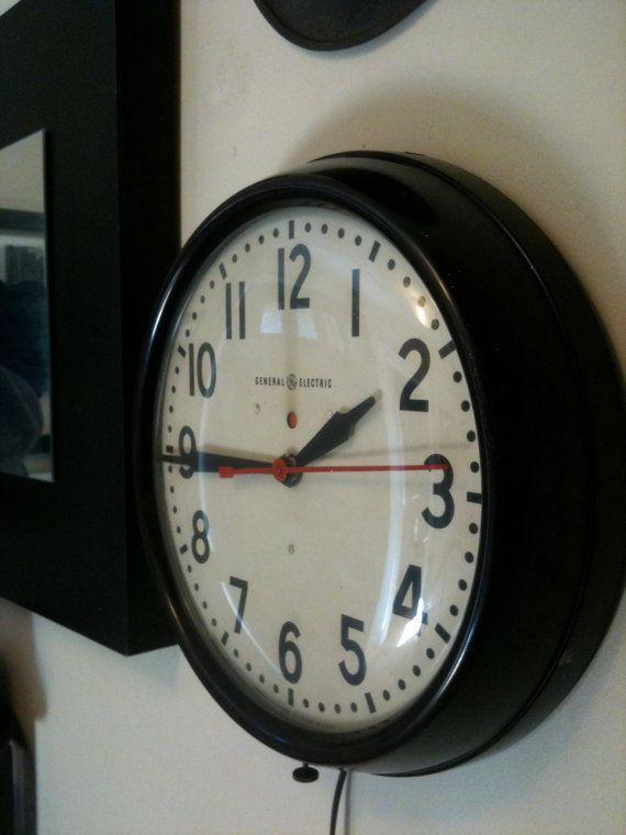 60s school clock