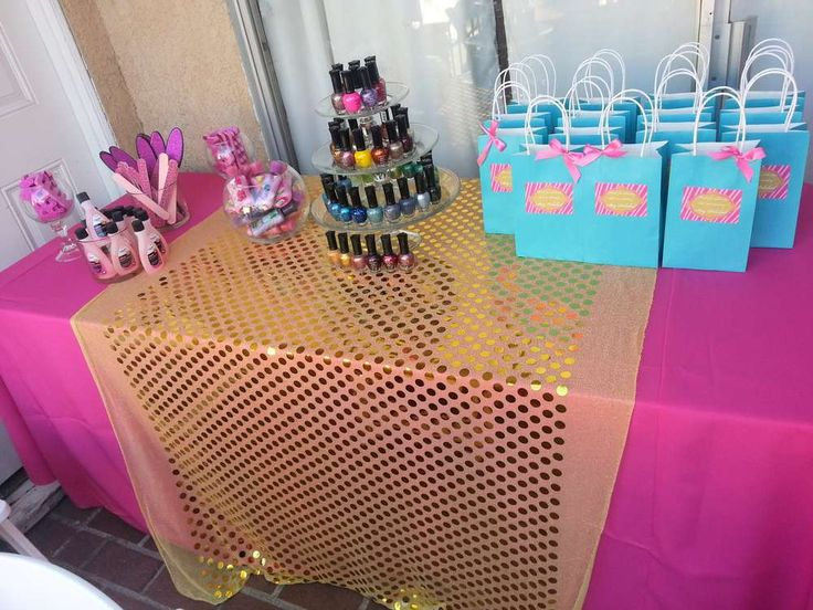 Makeup Birthday Party Ideas | Photo 9 of 14 | Catch My Party