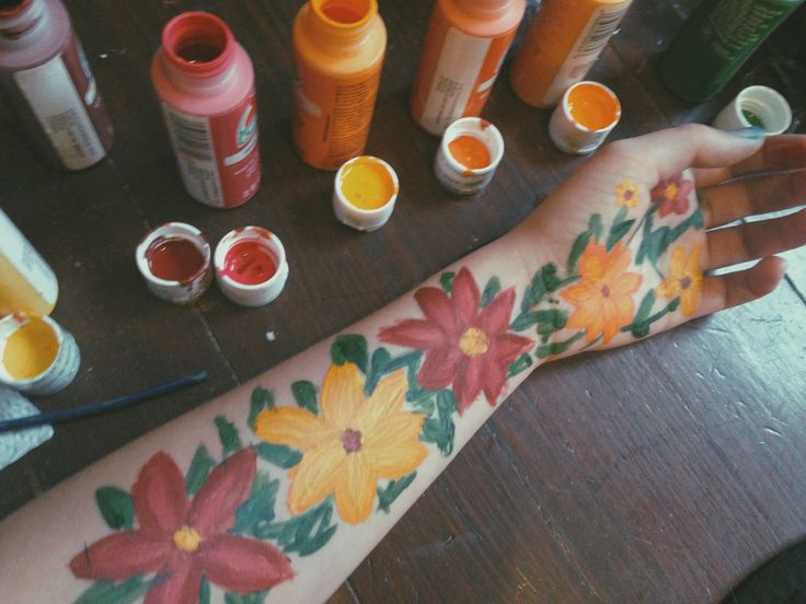 a simple flower painting tumblr painting bodyart