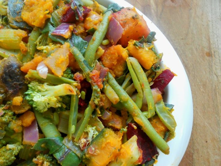 Alkaline Diet Recipe #90: Leafy Greens and Ginger Stir-Fry - This delicious stir-fry reflects my love for pumpkins and squashes of all colours and shapes. For this stir-fry you can use different leafy greens such as cavalo nero, green cabbage, chard or spinach which are all packed with nutrients and are high in calcium, iron, dietary fiber, vitamin C, vitamin K and folic acid to name a few. Serves 2