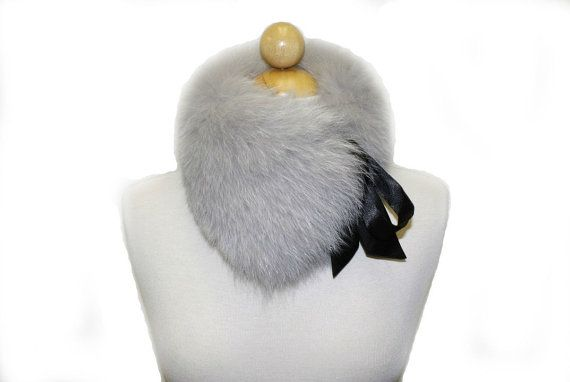 Detachable Ribbon Tie Fox Fur Collar In Light Gray by Ballade