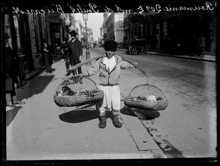 Charles Chusseau-Flaviens - Chicken Merchant, Bucharest, 1909-1919