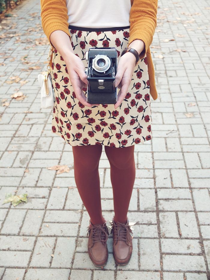 fashion, autumn, style, burgundy tights, floral skirt, mustard cardigan, boots
