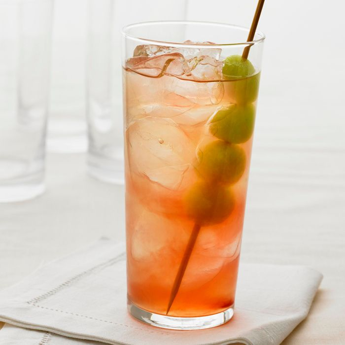 5 Super-Refreshing Summer Vodka Cocktails to Make Now