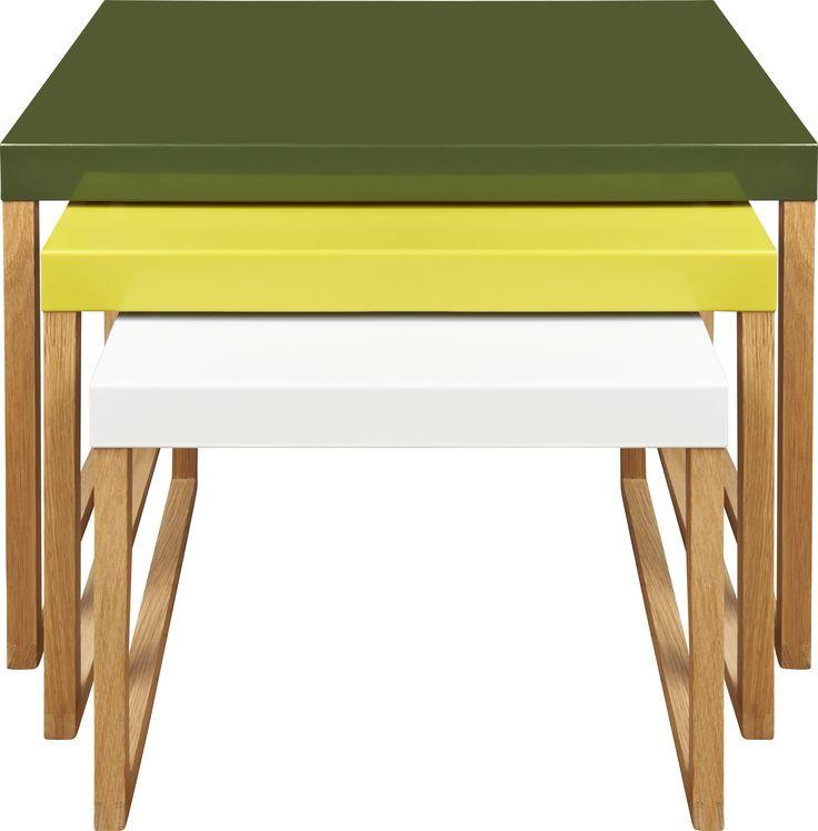 Kilo settebord khaki, gul og hvit. Fåes i flere farger. Dimensjoner: Small: W34 x H30 x L42cm. Medium: W42 x H35 x L42cm. Large: W50 x H40 x L42cm. Kr. 1015,-