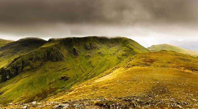On the misty mountain tops by LuneValleySnapper, via Flickr