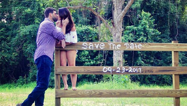 """'Teen Mom' Jenelle Evans Reveals Wedding Date With Romantic Photo Shoot — See Pic https://tmbw.news/teen-mom-jenelle-evans-reveals-wedding-date-with-romantic-photo-shoot-see-pic  Jenelle Evans has announced her wedding date to fiance David Eason in a super romantic photo shoot. We've got the 'Teen Mom 2' star's breathtaking pic, right here.Now this is how you do a """"save the date"""" announcement! Jenelle Evans is telling her future wedding guests to keep Sept. 23, 2017 wide open because that's…"""