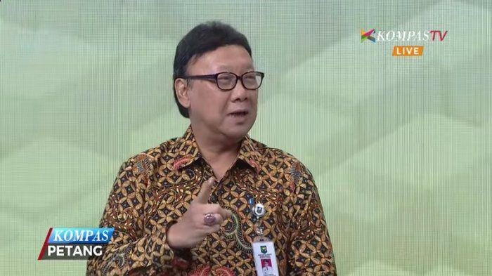 Mendagri Pasang Badan Buat Ahok, Presiden Jokowi Dikangkangi?