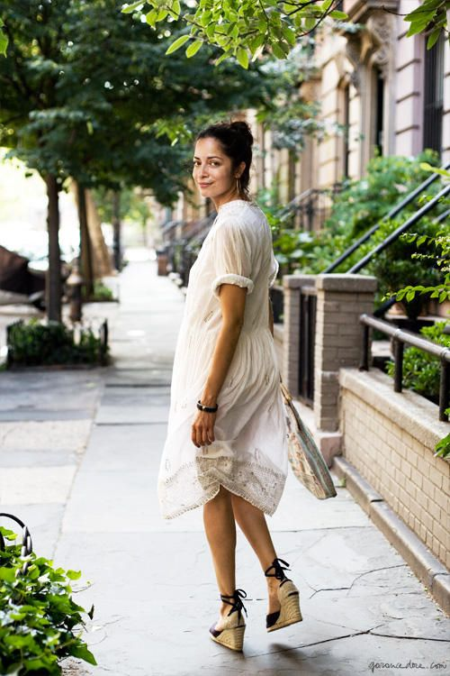 White dress, espadrilles wedges / Garance Doré. Normally, I wouldn't go for this...effortless.