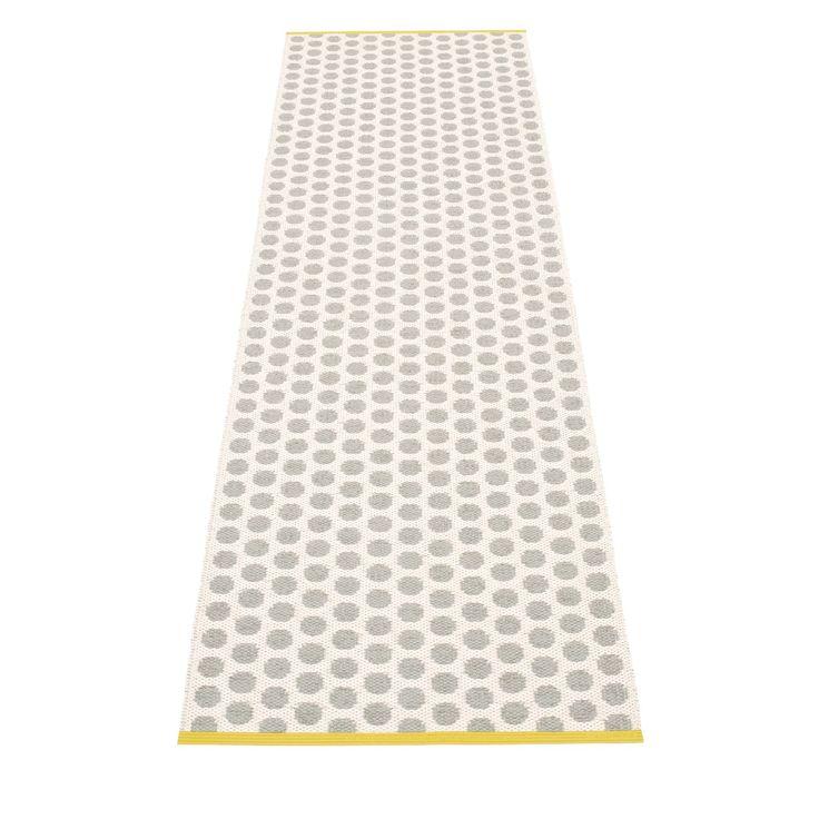Noa teppe, varmgrå/hvit i gruppen Tepper / Tepper / Plast hos ROOM21.no (132814r)
