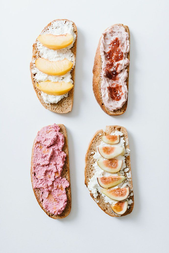 fall toast / crostini - whipped ricotta with fruit, cream cheese and jam, beets and goat cheese #fallrecipe #falltime