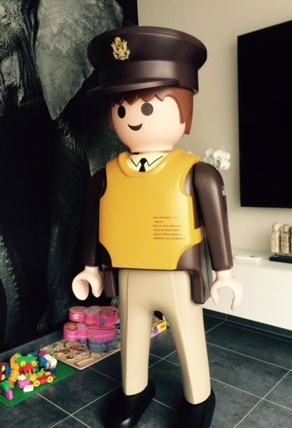 271 best images about playmobil g ant playmobil giant on pinterest france - Playmobil geant decoration ...