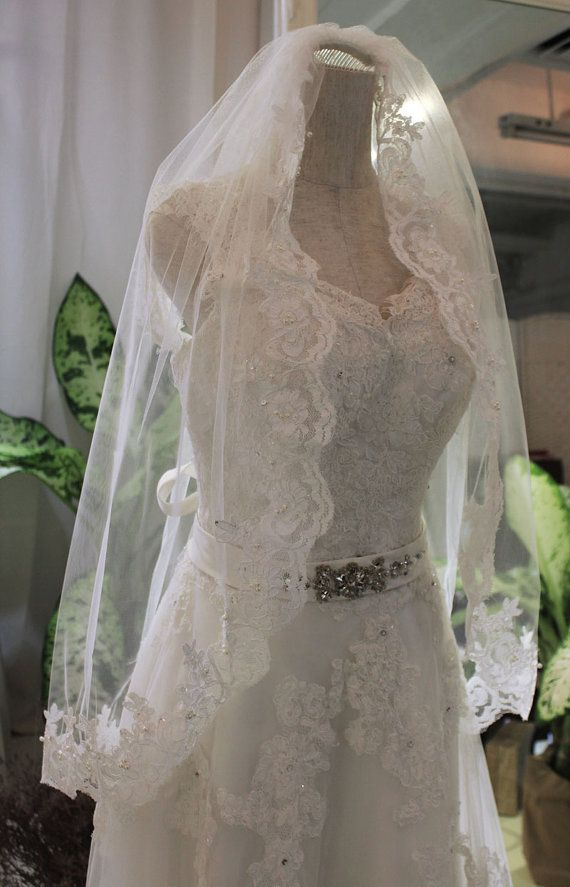 Fingertip length Alencon Lace Wedding Blusher Veil, Ivory Tulle Blusher Veil,Single Layer Veil with Comb, Vintage hair headpiece accessory on Etsy, $49.00