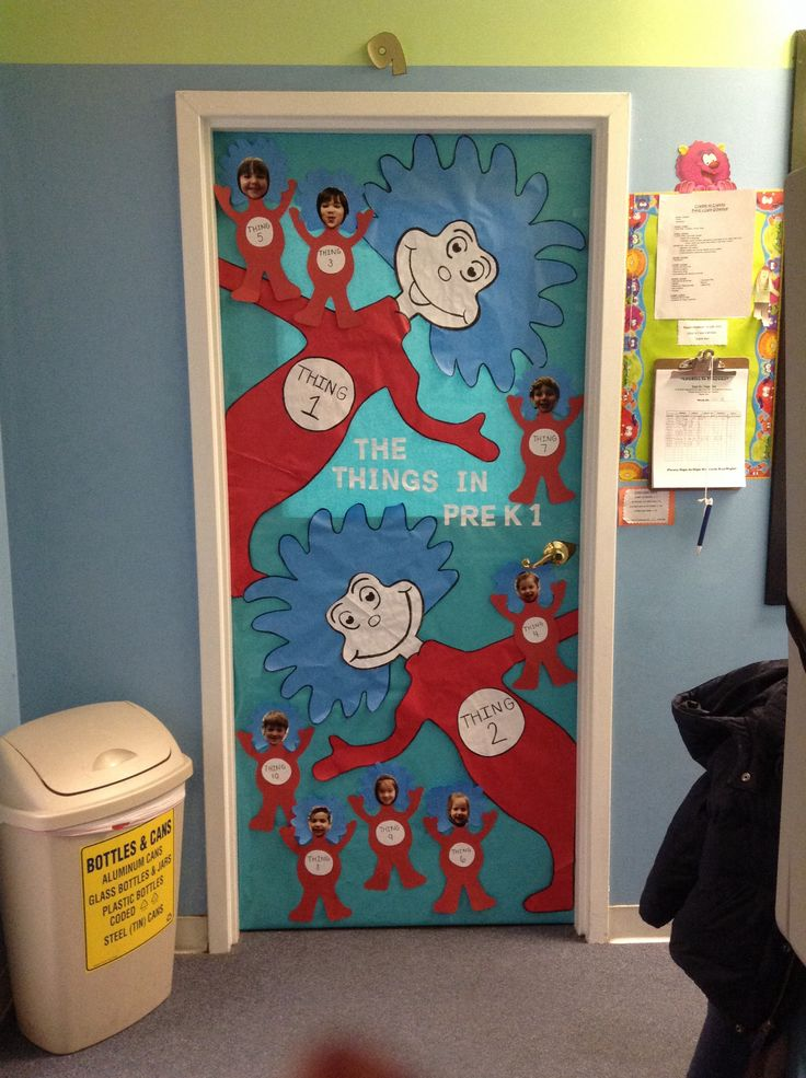 Thing 1 thing 2 classroom door dr suess my classroom for Puerta para colorear