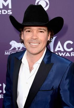 Country music star Clay Walker was diagnosed with multiple sclerosis in 1996. He was just 26 years old. (Frazer Harrison/Getty Images)
