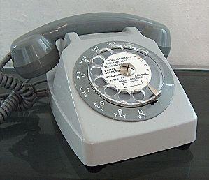 Téléphone à cadran...le bruit quand on tournait et qu'on lachait !!!!