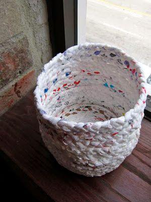 Cara Membuat Kerajinan Tangan Tempat Sampah Dari Bahan Bekas (Kantong Kresek) ~ Cara Membuat Kerajinan Tangan Sederhana Yang Mudah