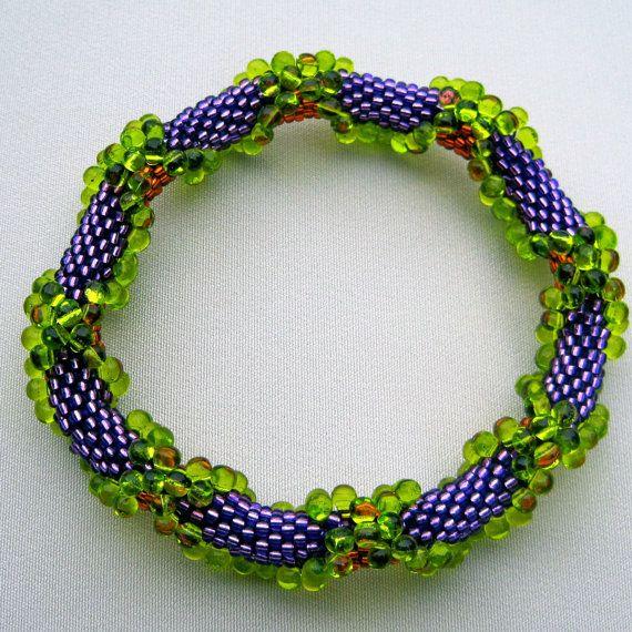 Bead Crochet Pattern  Crisscrossing Drops by WearableArtEmporium