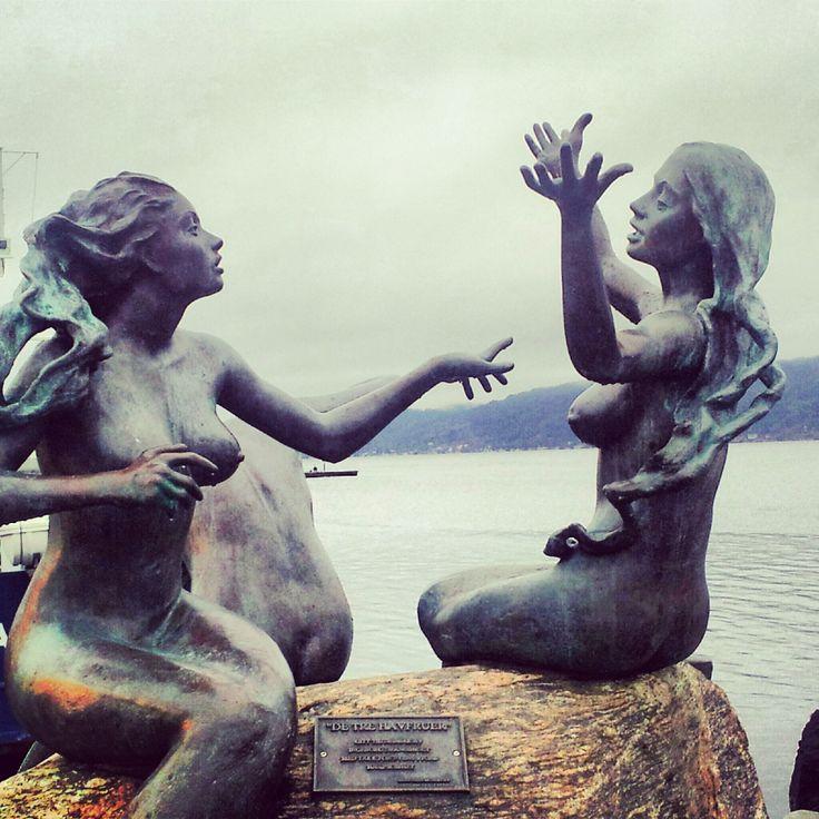 Vakkert i hjembyen Drøbak, Norway :)