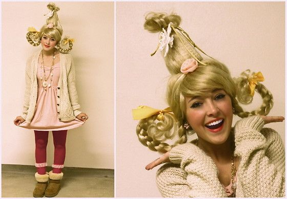 Little Cindy Lu Boo! (by Bryn Newman)  luv Cindy Lu, what a great ideal to do a group costume with the who-villes luv it!