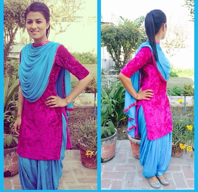 Simple velvet punjabi suit❤️