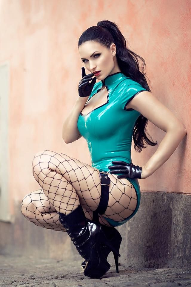 Sister Sinister in Lady Lucie Latex