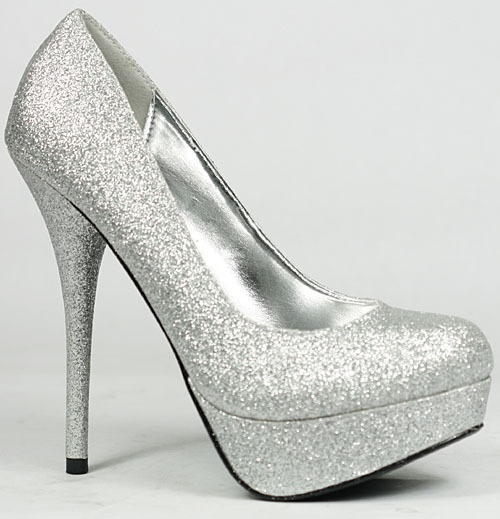1000  images about Shoes!! :) on Pinterest | Cinderella shoes ...