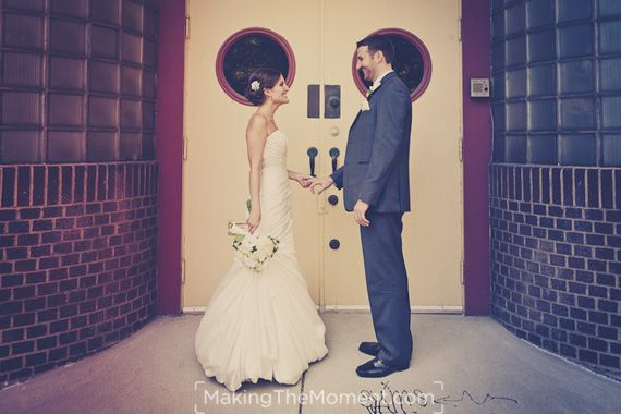 Cleveland Arcade Wedding! Love them! http://www.makingthemoment.com/blog/2011/a-wedding-the-arcade