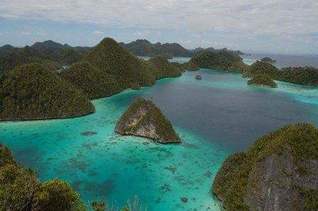 Wonderful Indonesia - Raja Ampat: Ultimate Underwater Expedition