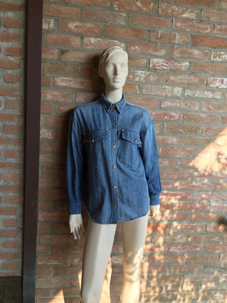 Camicia di jeans Gianni Versace, usata in perfette condizioni, vero vintage 90's, jeans, denim, camicia, medium by inlove4vintage on Etsy