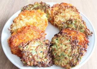 Call them what you want – latkes, vegetables pancakes, fried-deliciousness – they're a holiday treat many of us crave this time of year. They're also traditionally made with potatoes, a food some of us Primals feel better avoiding. The tuber's low-moisture and high-starch content creates a crispy exterior and fluffy interior when fried in oil. [...]