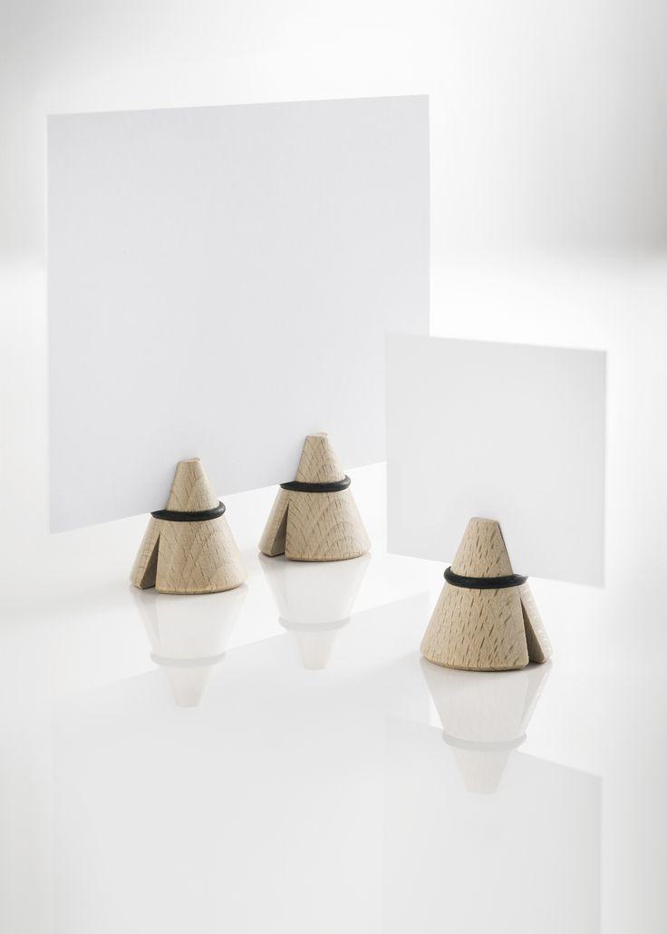 i-cone pince en bois de hêtre pouvant servir de porte-photo, marque-place, porte-message,...