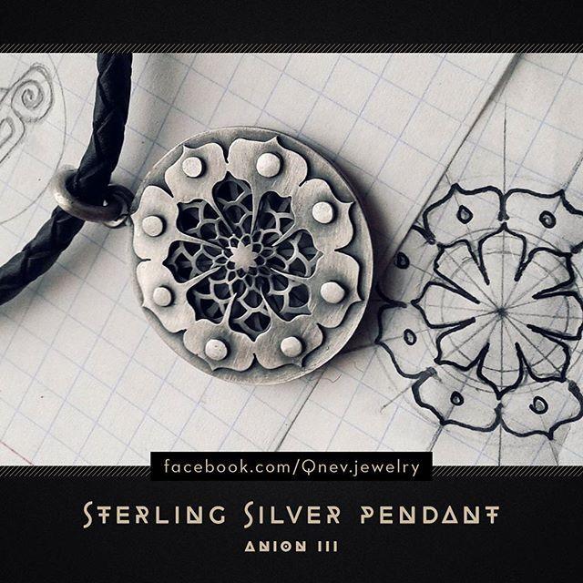 #silverjewelry #jewelrydesigner #jewelrydesign #pendant #sterlingsilver #jewellery #jewelry #mythe #lemythe #metalwork #artwork #necklace #silverpendant #fantasy #fantasyart #fantasyjewelry #tattoo #homemadejewelry