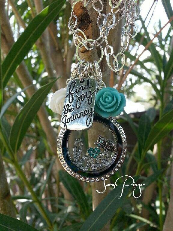 O2 designer necklace!! Cute! locketlovinsummers.origamiowl.com