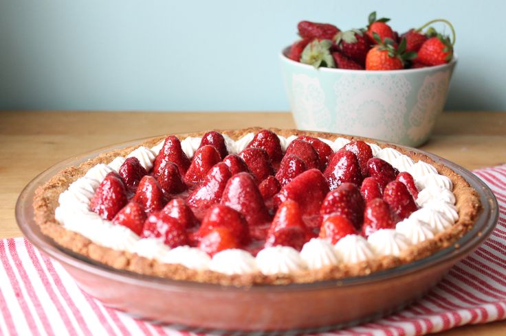 Fresh Strawberry Pie! Gluten and Grain free. Paleo friendly!