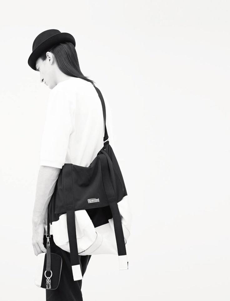 KRIS VAN ASSCHE X EASTPAK, SS12 MESSENGER BAG: a collab that's getting better and better.