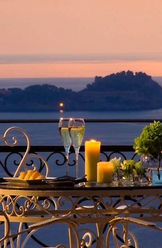 It's all good here when you're having an intimate & romantic evening out with someone special ! Villa Oliviero, Positano, Italy