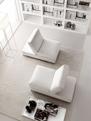 Linea Modern Poltroncina Fly: new air in the living room: http://www.ditreitalia.com/1118/poltroncina_Fly.html