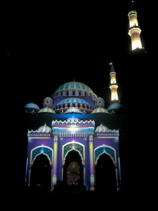 Light Techology on Masjid - Sharjah #masjid @kakday