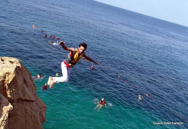 Cliff Diving Churna Island Pakistan Snorkelling Diving Cliff Diving