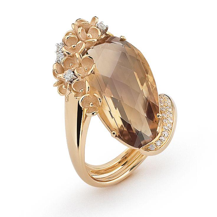 Ring   Annamaria Cammilli. 18k gold, smokey quartz and diamonds