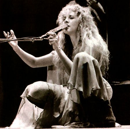More classic stage shots, Stevie Nicks, 70's. | Stevie ...