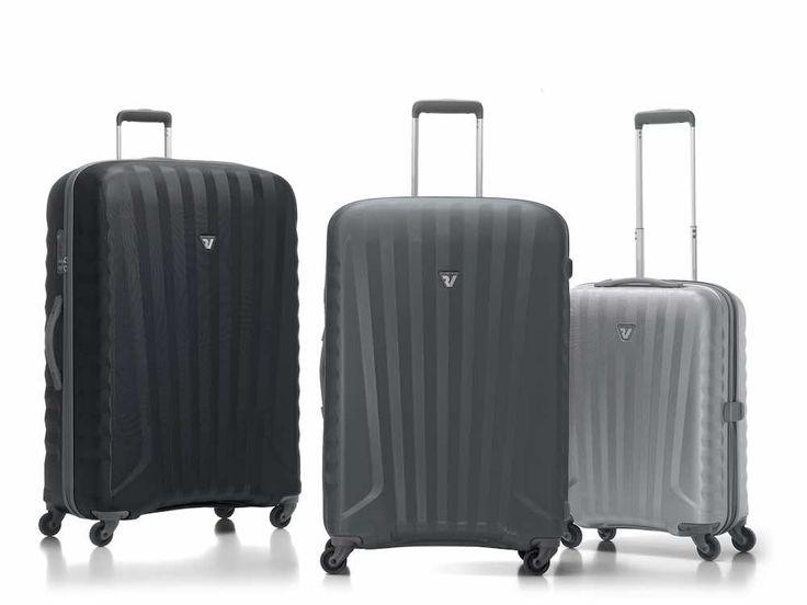 Roncato Trolley Medio Uno Zip 4 R #Koffer, #Silber #schwarz #grau  Die Kollektion Uno Zip ZSL stellt die #perfekte Kombination aus Leichtigkeit, #Elastizität,# Funktionalität und Ästhetik. Es ist das Endprodukt einer detaillierten Forschung mit moderne Werkstoffe und Technologien. Es ist das leichteste Roncato Koffer aller Zeiten.  #luggage #reise #trip